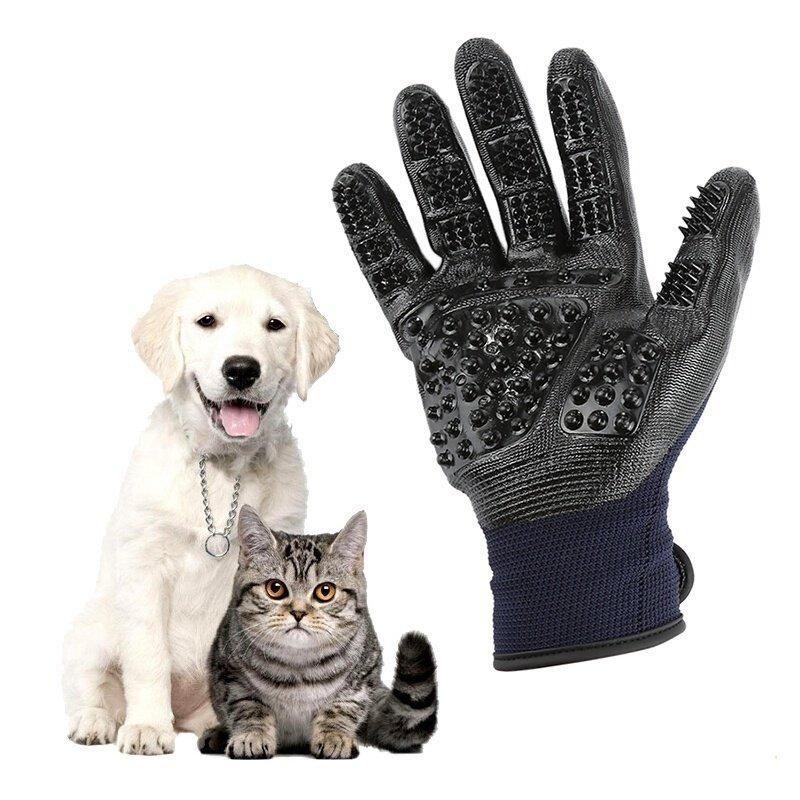 Let your pet enjoy the best deshedding massage!
