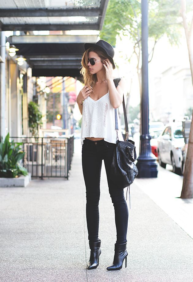 Black jeans white tops