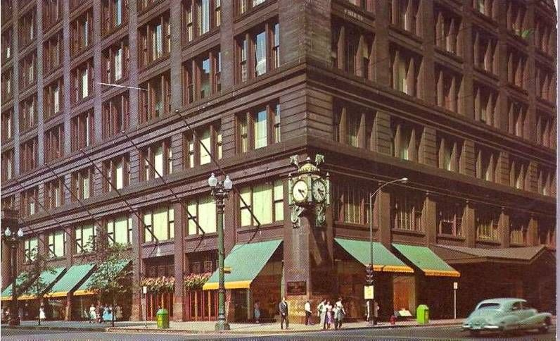 POSTCARD – CHICAGO – MARSHALL FIELD DEPARTMENT STORE – OLD LIGHTS on