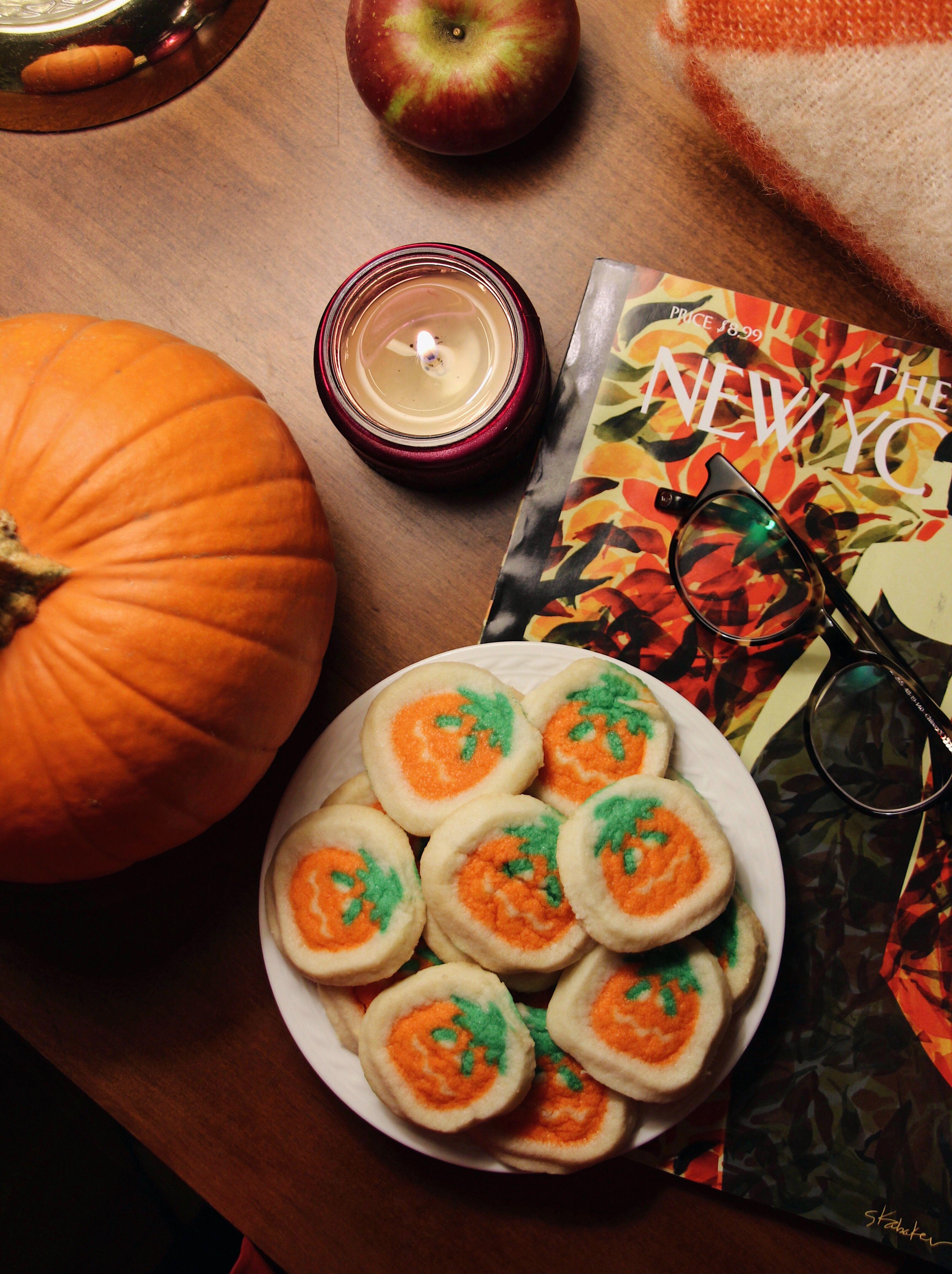 fall halloween pumpkin cookies - pillsbury shape pumpkin sugar