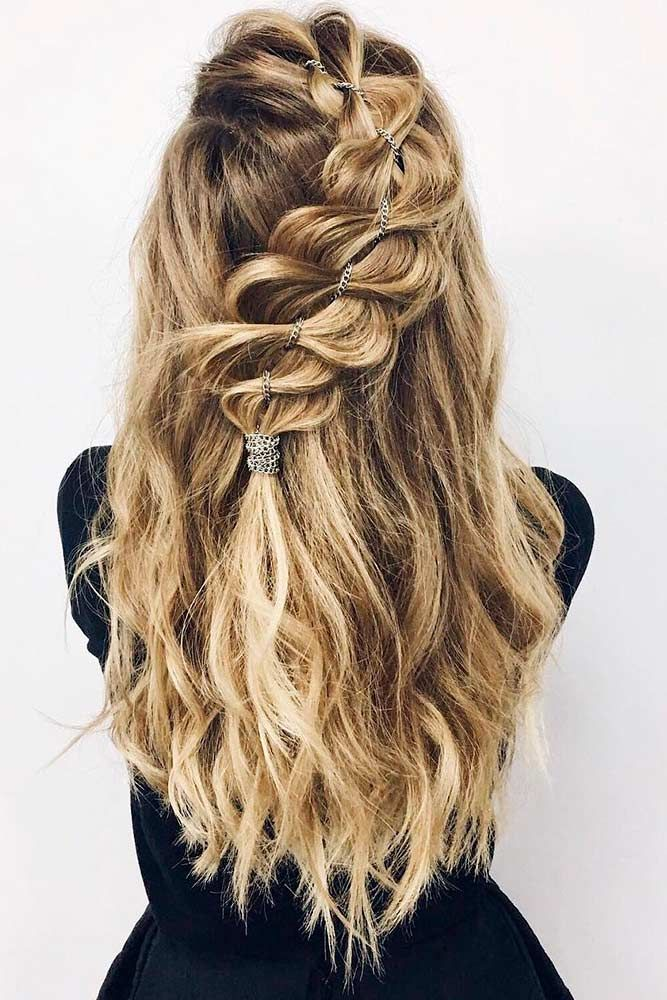 36 Amazing Graduation Hairstyles For Your Special Day Graduation Hairstyles Grad Hairstyles Diy Hairstyles