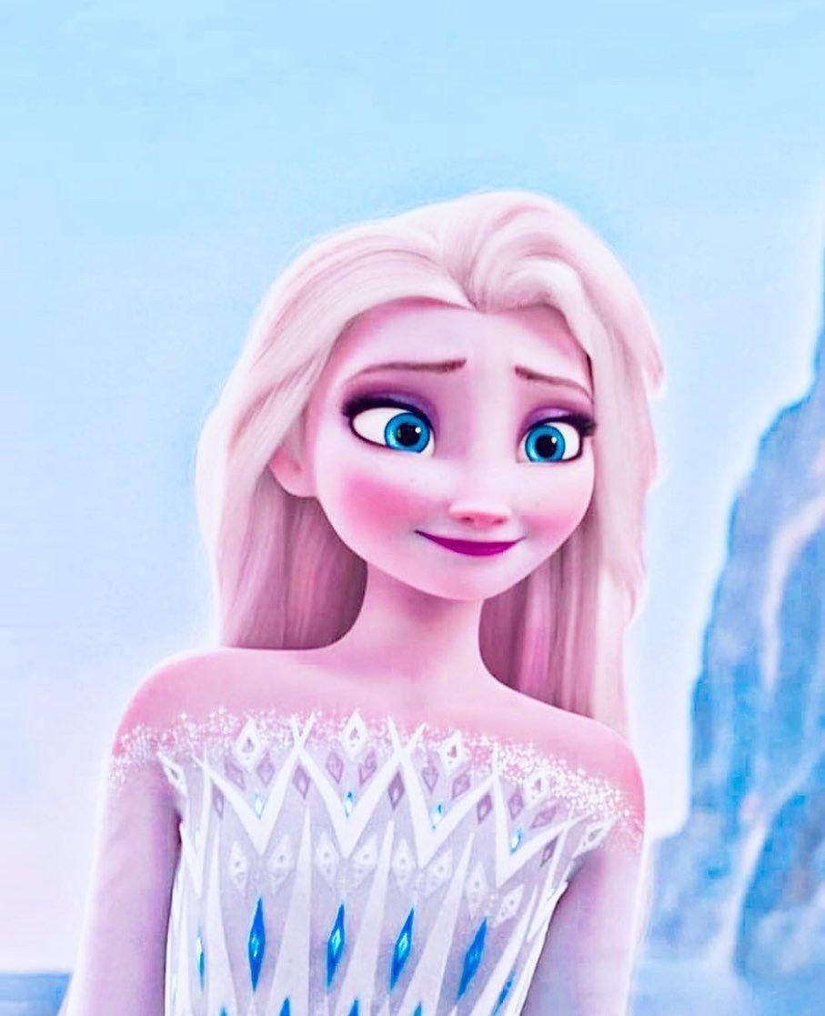"""Instagram의 𝒜𝓃𝓃𝒶 𝒶𝓃𝒹 𝐸𝓁𝓈𝒶♡님: """"#lovefrozen2collections #frozen2 #frozenelsa #frozenedits #elsafrozen2 #elsa #frozen2movie #disneyfrozen2"""""""