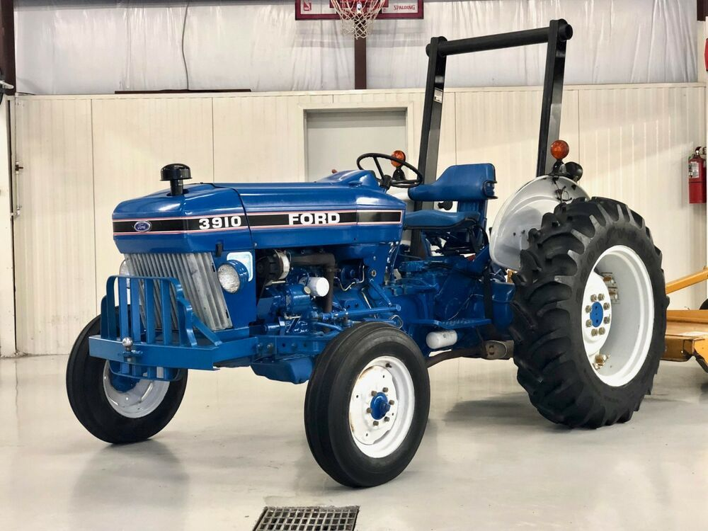 Late 80 S Ford 3910 Turbo Ii 50 Hp 2wd Tractor Only 302 Hrs This Has To Be One Of The Lowest Hour Cleanest 3910 S In The U S Put It In Tractors Ford Turbo