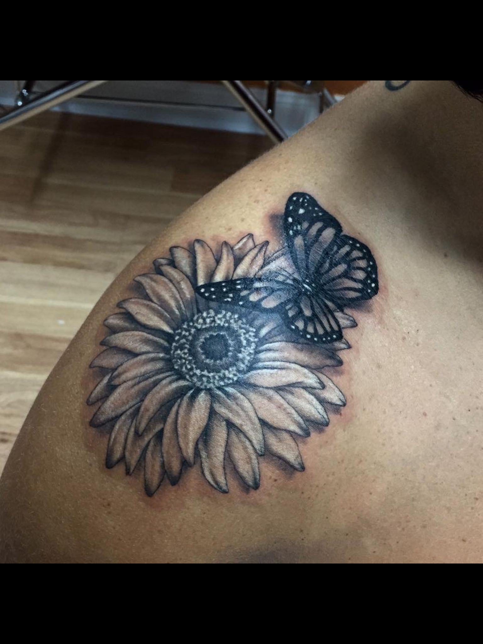 79a92705c Daisy and butterfly tattoo by Audrey Mello   My art   Hummingbird ...