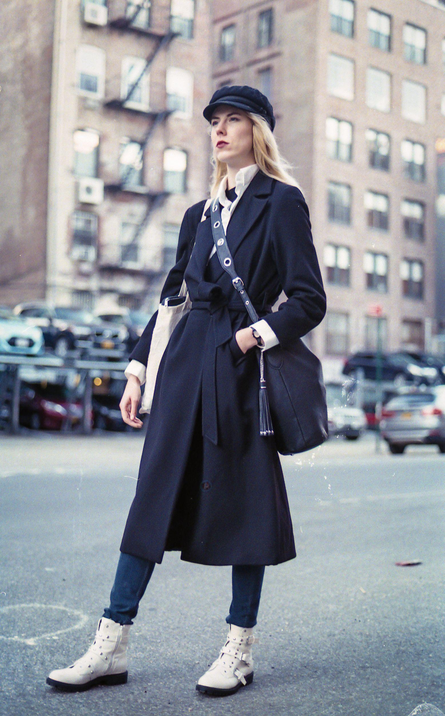 Lafayette St., NYC Street style women, Fashion