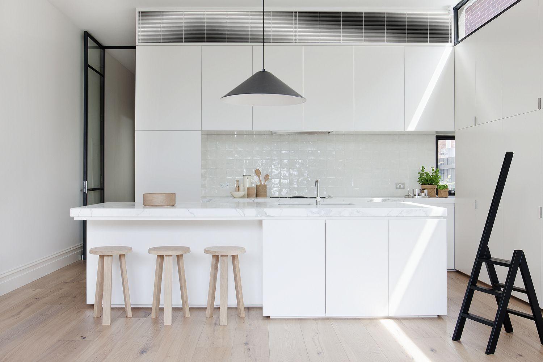 Galería de Casa Armadale / Robson Rak Architects + Made By Cohen ...