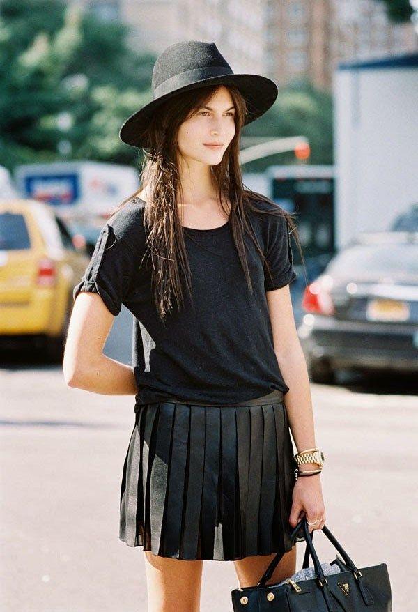 c1dc3cef2fa2a O chapéu é o item ideal para você deixar seu visual mais estiloso. Confira.