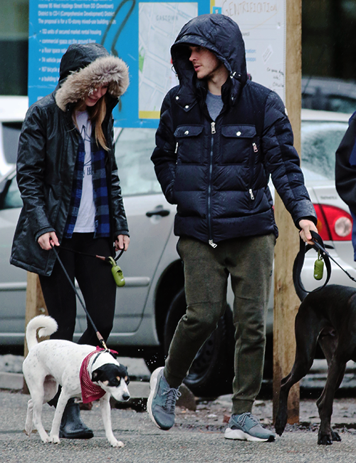 Chris Wood Melissa Benoist Walking Their Dogs In Vancouver March 17 2017 Chris Wood Supergirl And Flash Melissa Benoist