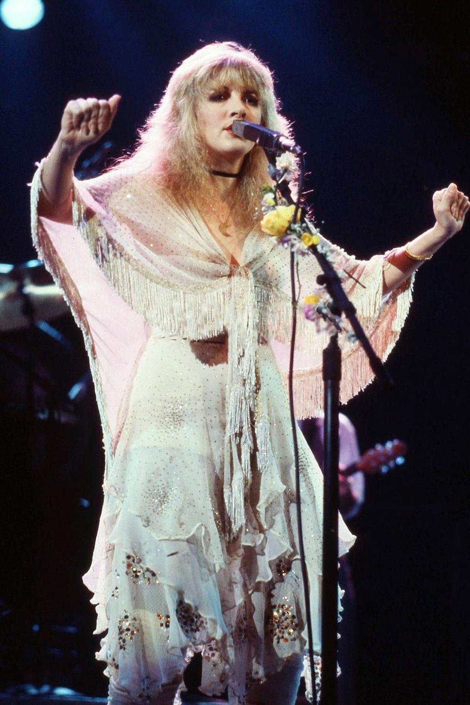 Crystallineknowledge Mirage Tour Stevie Nicks Style Stevie Nicks Stevie Nicks Fleetwood Mac [ 1500 x 1000 Pixel ]