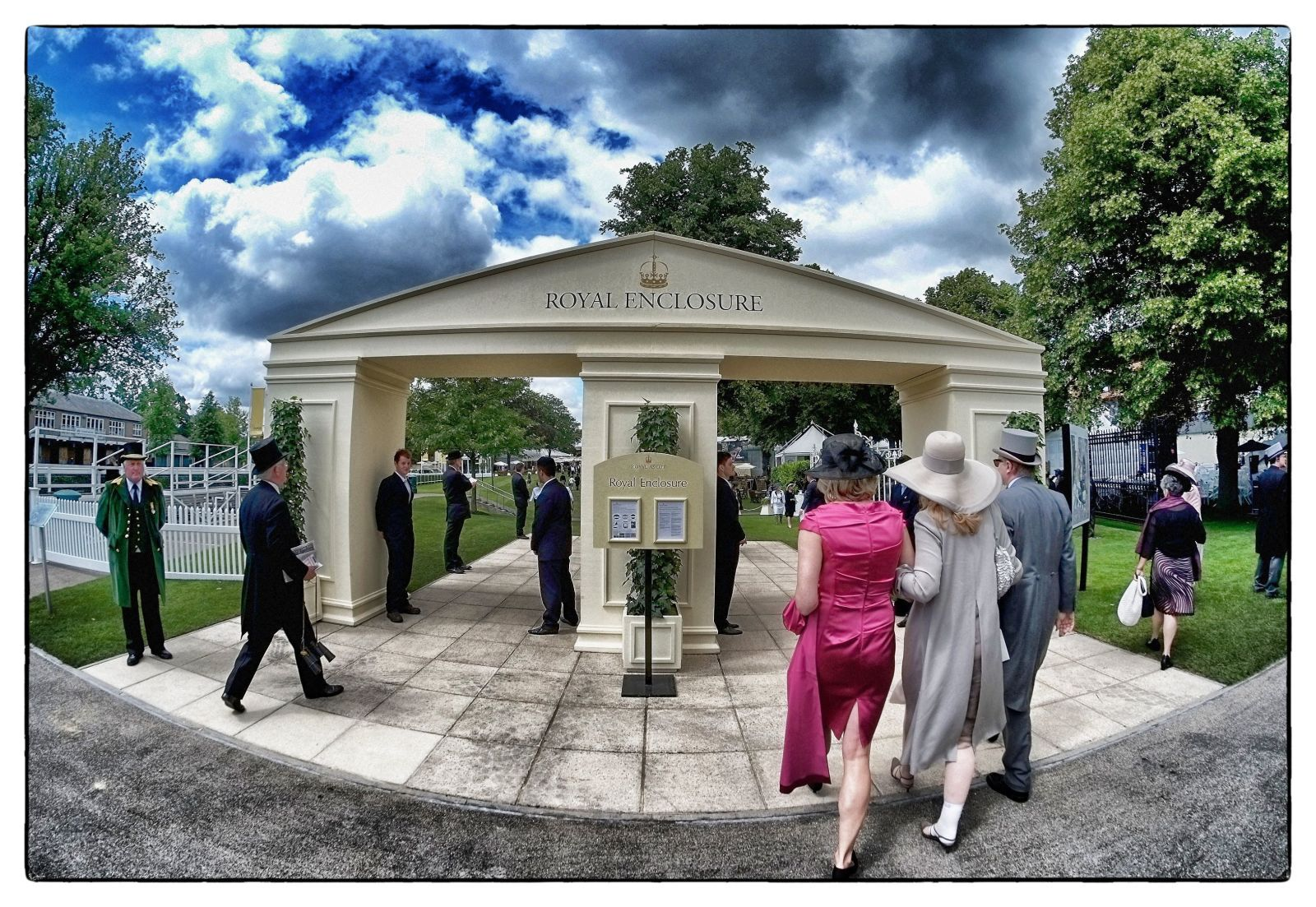Here's What It's Like To Attend Royal Ascot
