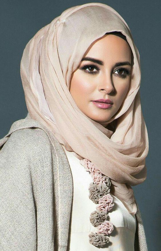 اجمل بنات محجبات فى العالم 2019 اجمل الفتيات المحجبات بفبوف Beautiful Hijab Muslim Women Fashion Beautiful Muslim Women
