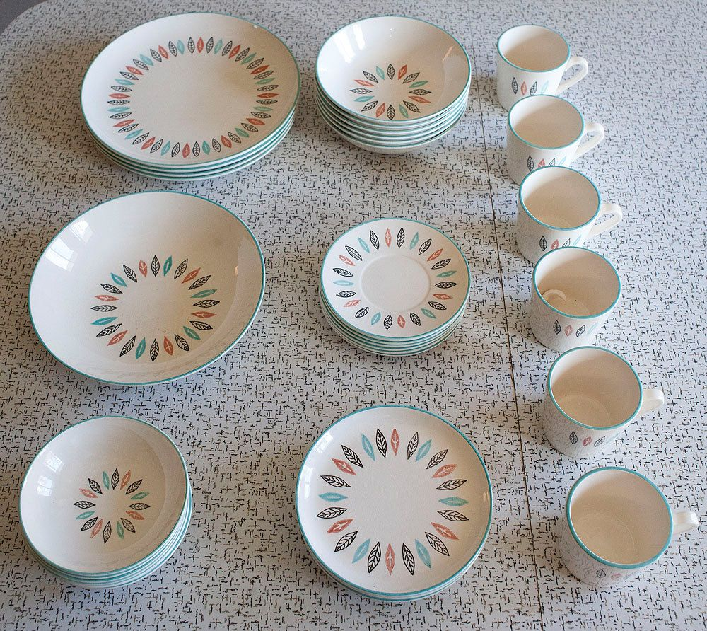 1950s Dishes: Dish Set.. Marcrest Nordic Mint Mid Century Modern 1950s