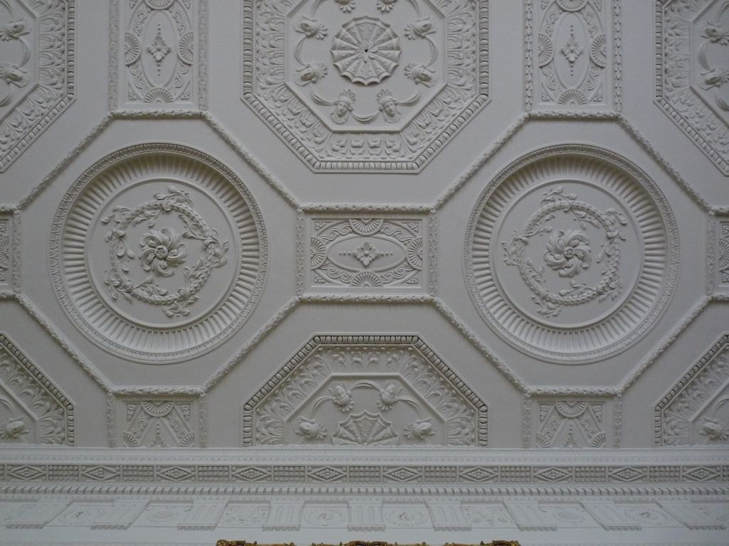 Neoclassical Ceiling In The Library At Kedleston Hall 建築
