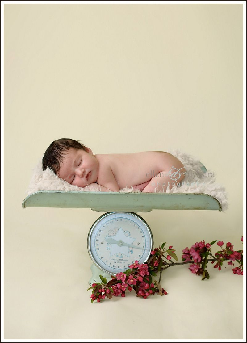 Newborn Scale Photograpy Pinterest Pictures And Photography