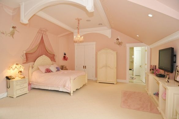 mansion bedrooms for girls. Real Housewives Of New Jersey Star Melissa Gorga Lists Her Massive Mansion (PHOTOS) Bedrooms For Girls S