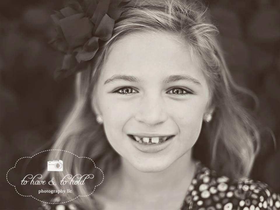 Wheaton IL Child Photography Sister Photography Girl Photography Cantigny Park www.facebook.com/tohaveandtoholdphotographyllc