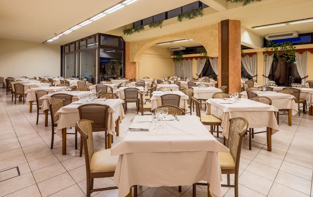 Giardini Naxos Beach Home Decor Restaurant