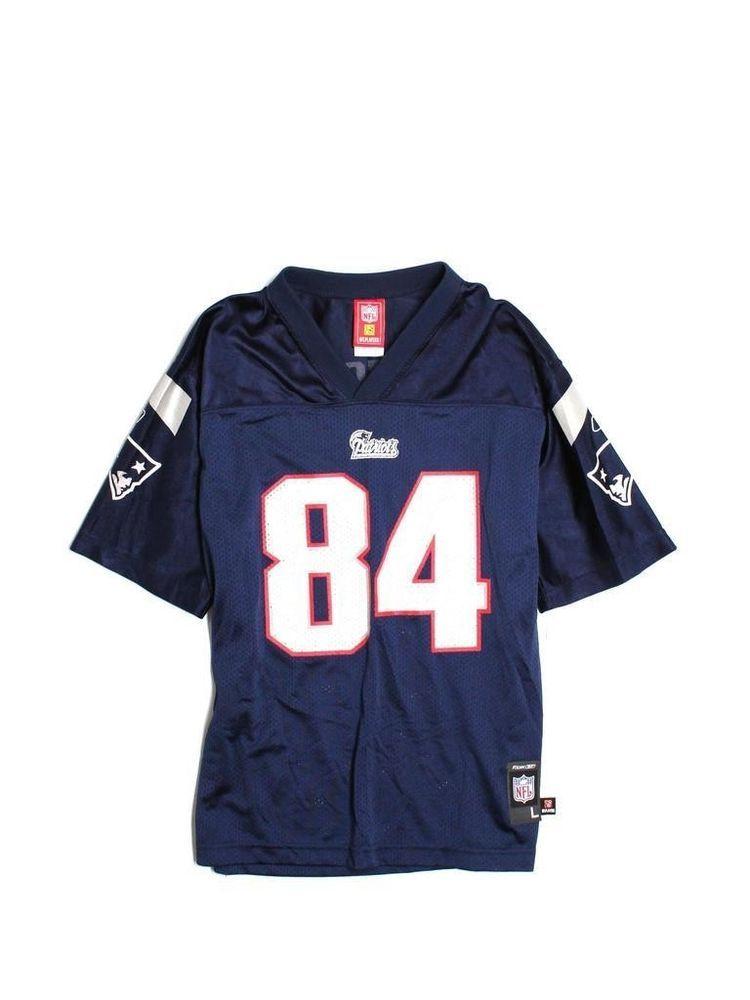2fb632d0 Youth Boy New England Patriots Watson #84 Football Jersey Size L 14 ...