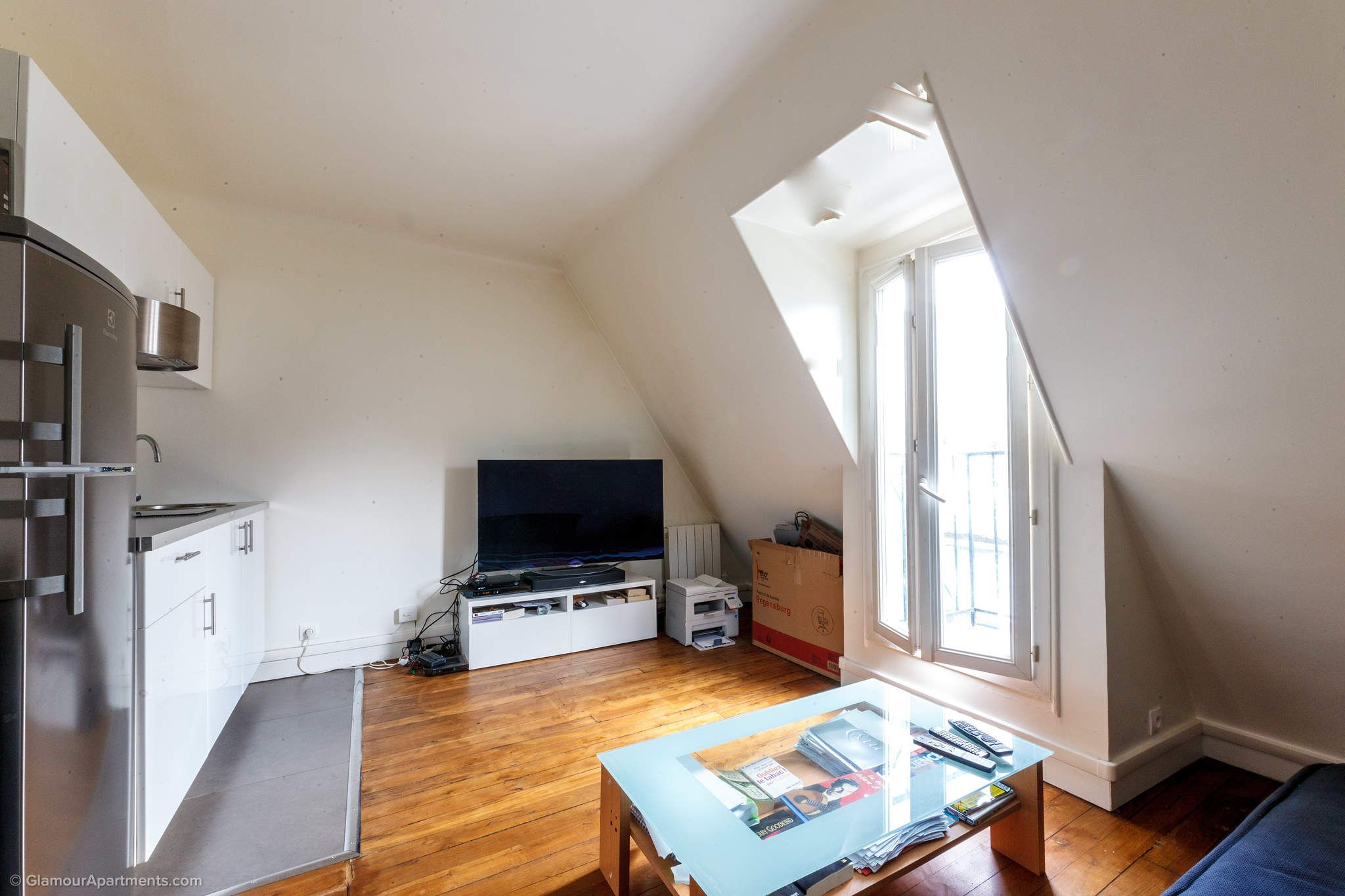 Light Furnished 1 Bedroom Apartment For Long Term Rental At Rue Spontini In The