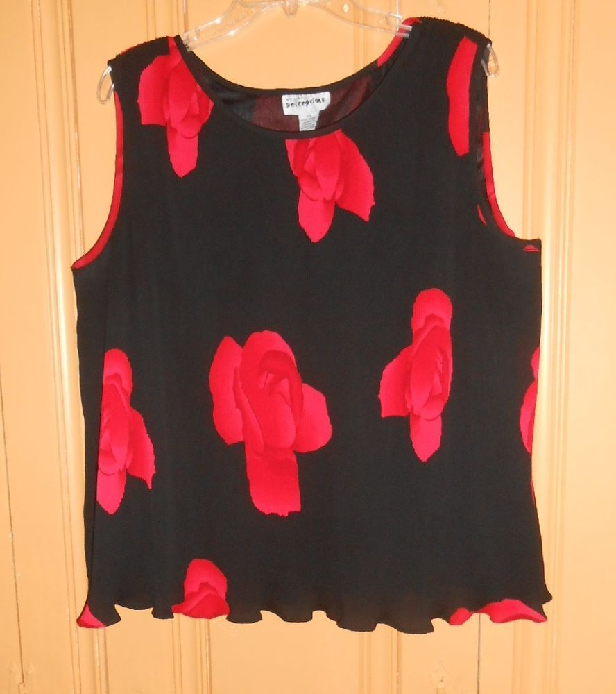 Blouse top plus size w sleeveless black red roses lined