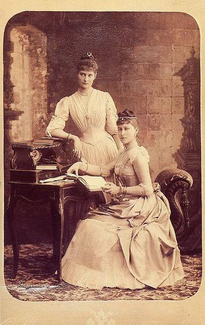 All Sizes Prinzessinnen Alexandra Und Elisabeth Von Hessen Darmstadt Flickr Photo Sharing Prinzessin Alice Prinzessinnen Darmstadt