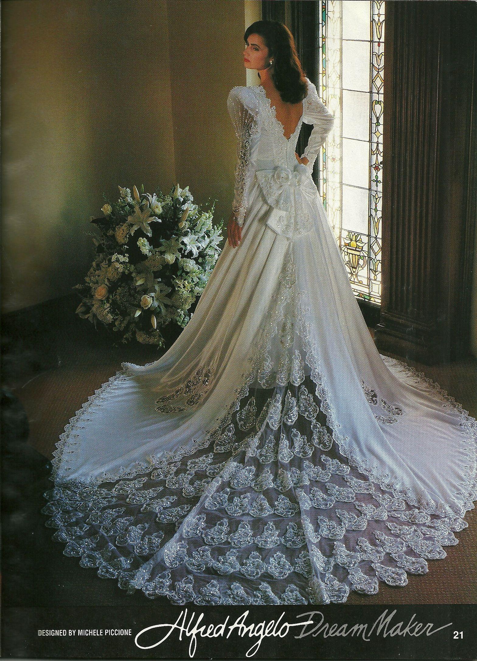Alfred Angelo Dream Maker Spring Of 1992 Wedding Dress With Veil Dresses