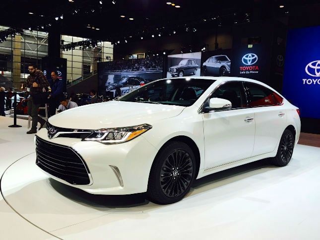 2016 Toyota Camry Se White