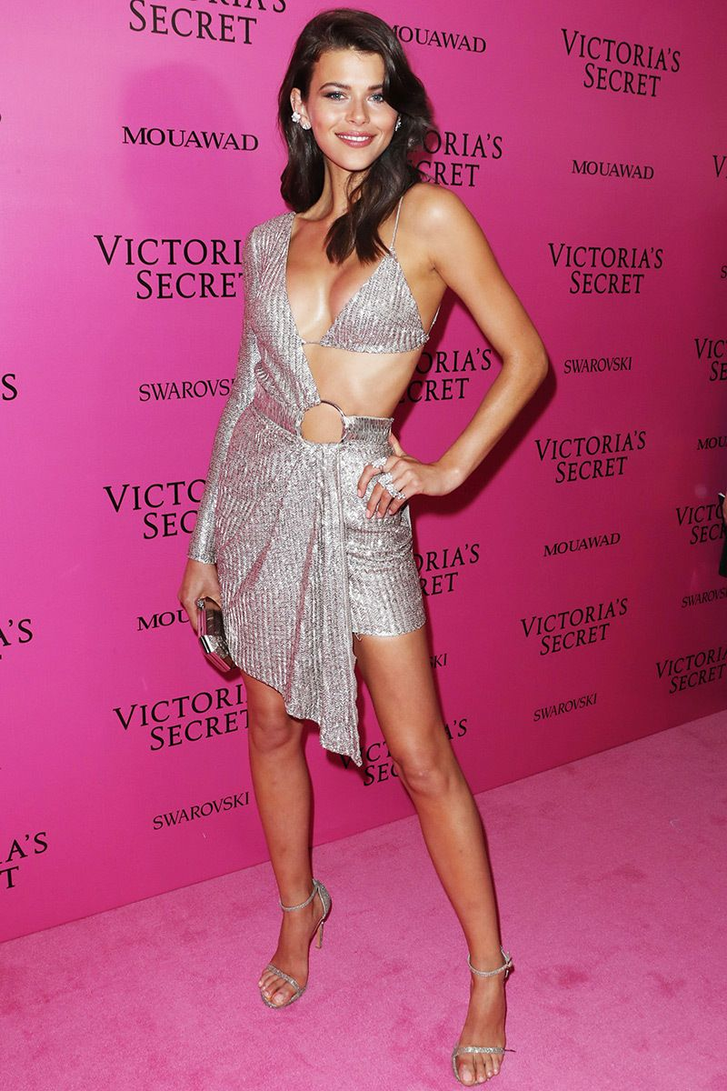 dress - Secret victorias fashion show pink carpet fashion video