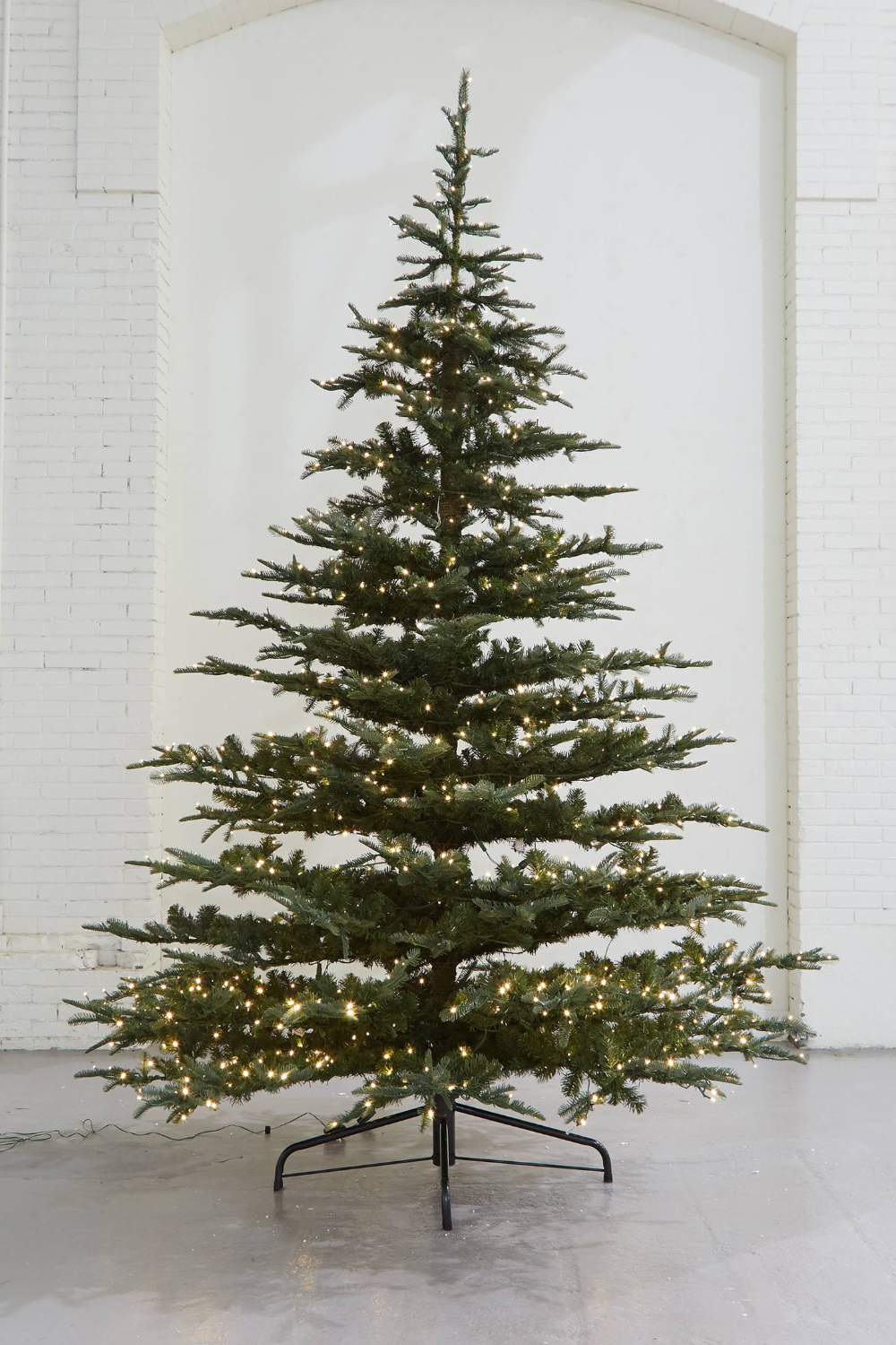 Pre-Lit LED Faux Noble Fir in 2020 | Realistic christmas ...