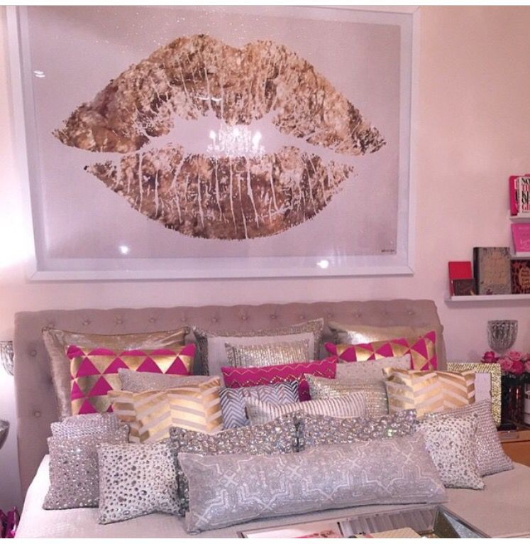 Beautiful metallic and pink accents! | Home Creations* | Pinterest ...