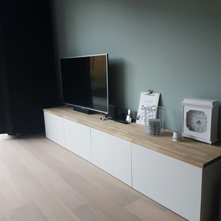 besta kast ikea met eiken plank van praxis tvs. Black Bedroom Furniture Sets. Home Design Ideas