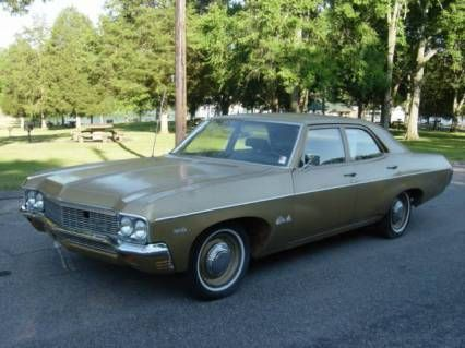 Had It 1970 Chevy Impala Darker Green With A White Vinyl Top Classic Cars Old Classic Cars Classic Car Sales