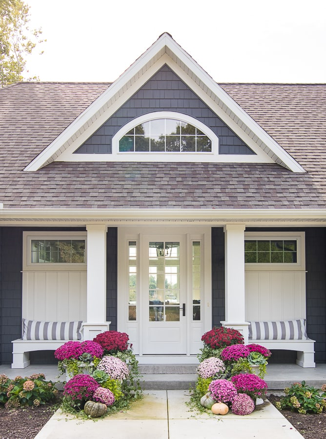 Burgundy and Pink Fall Front Porch - The Lilypad Cottage #fallfrontporchdecor