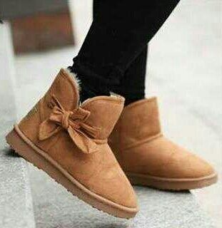I found Uggs on Wish, check it out!