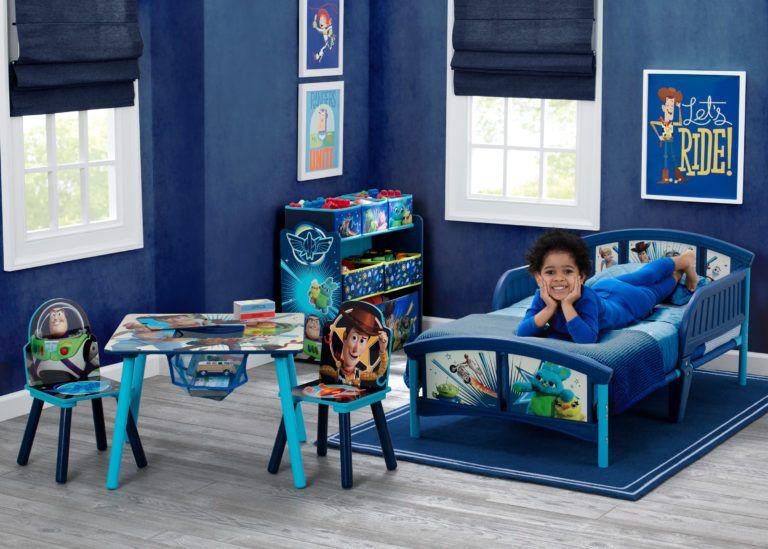 Disney//Pixar Toy Story 4 Delta Children Plastic Toddler Bed