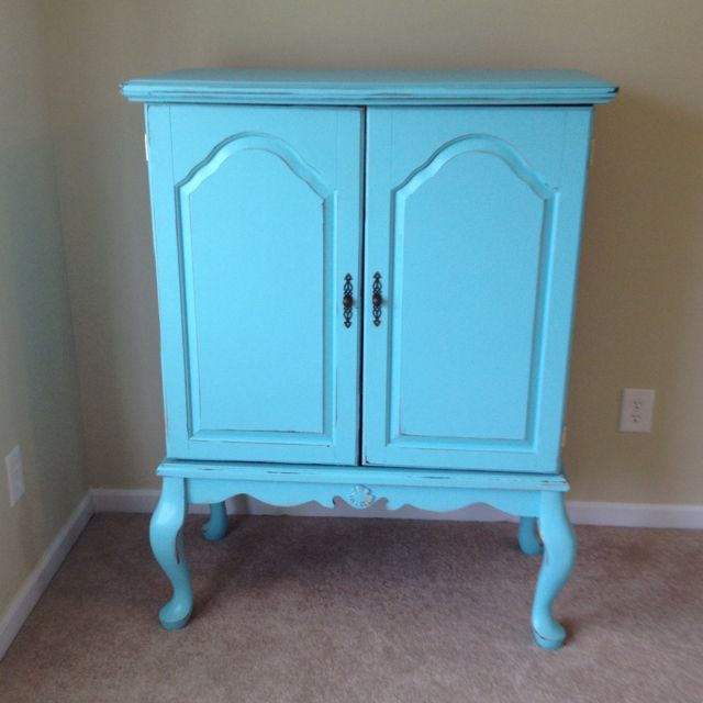 Gorgeous Turquoise Queen Anne TV Armoire...For Sale $275