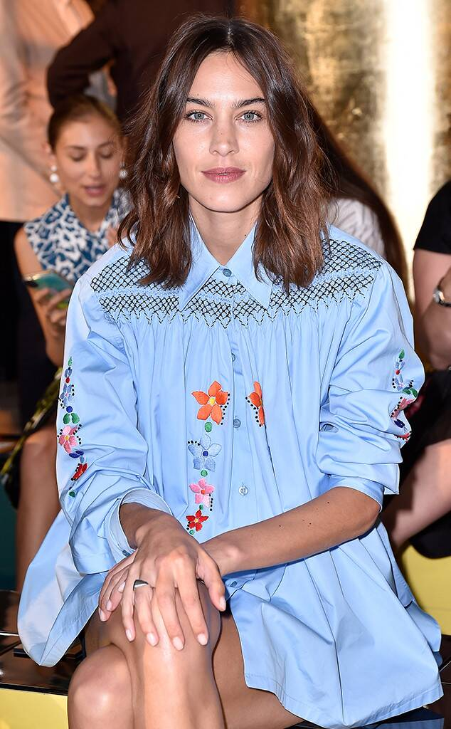 Photos From See Every Celebrity At Fashion Week Spring 2020 E Online Alexa Chung Hair Alexa Chung Haircut Alexa Chung Style