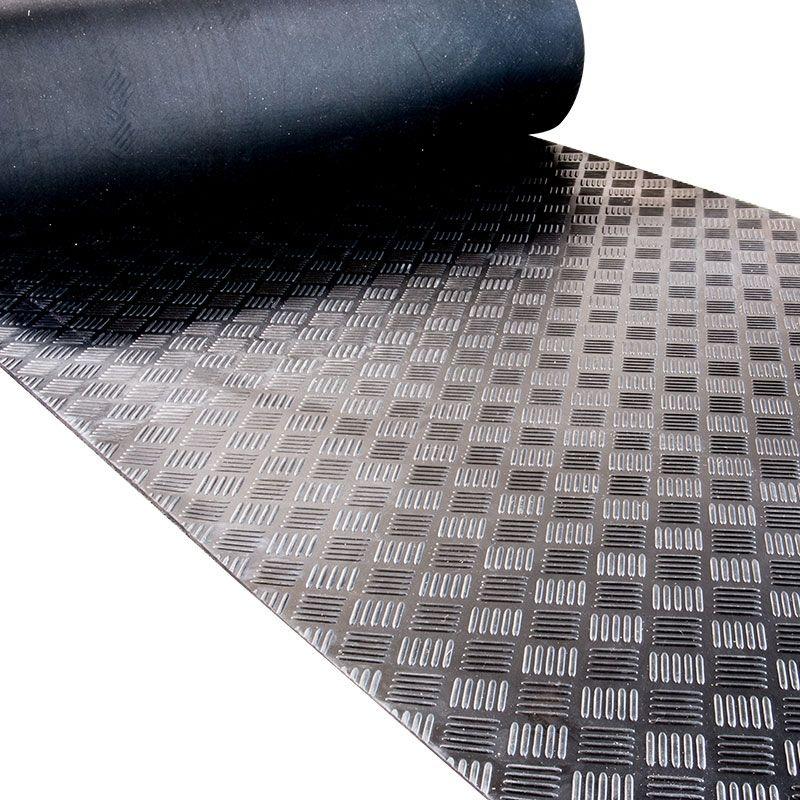 Schön Vollgummi Bodenbelag - Checker Design (Riffelblech). Dieser  CE64