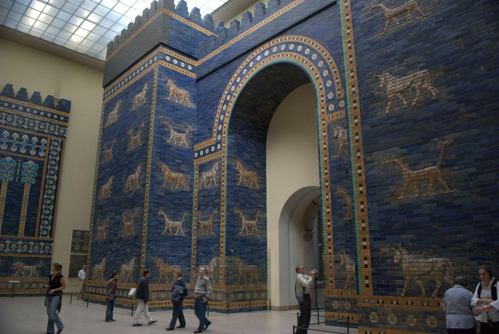 Ishtar Temple Gate Wallpaper Google Search Pergamon Museum Pergamon Pergamon Museum Berlin