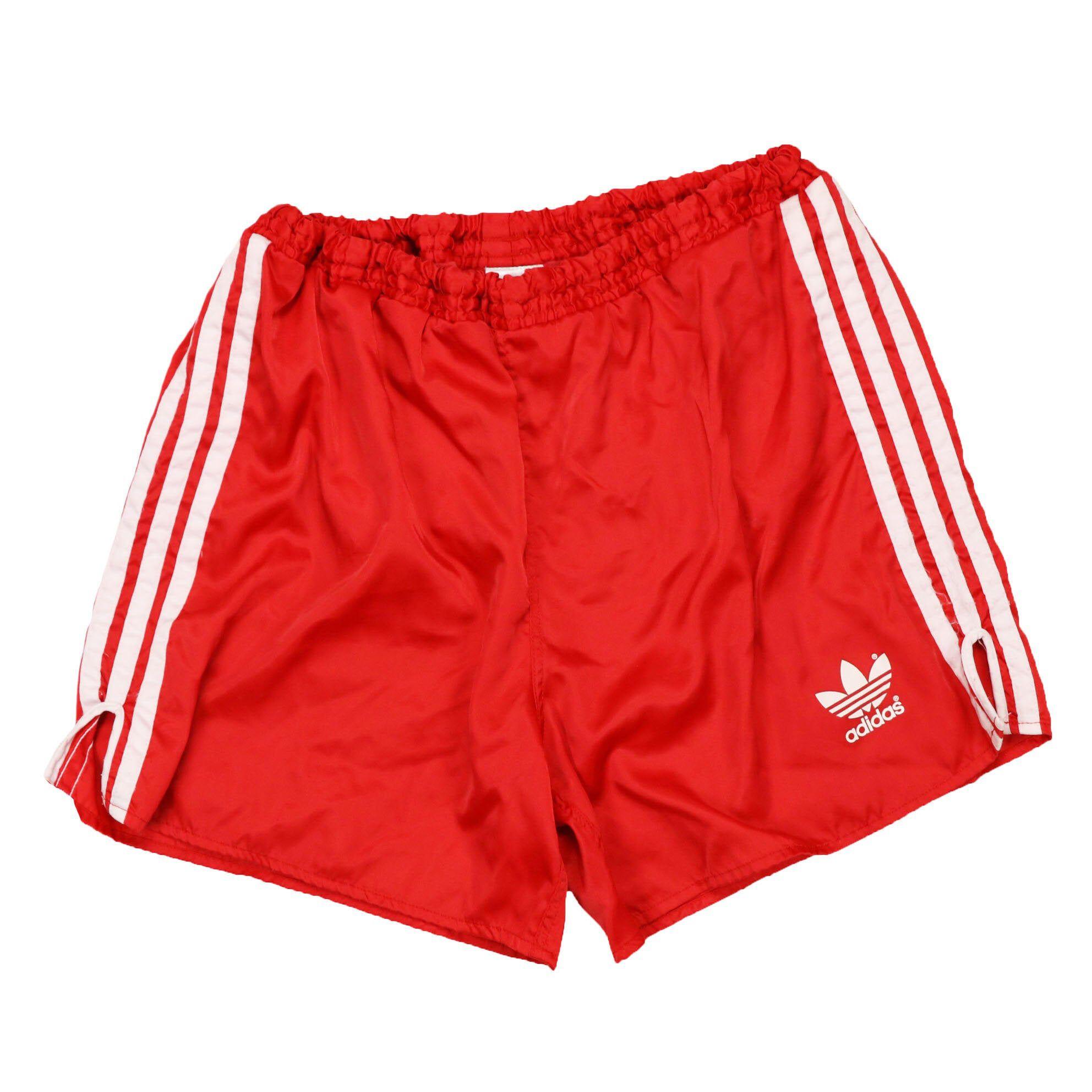 Redada brillante Finanzas  Vintage 80s 90s adidas running shorts original classic logo | Etsy | Adidas  shorts outfit, Red running shorts, Running shorts