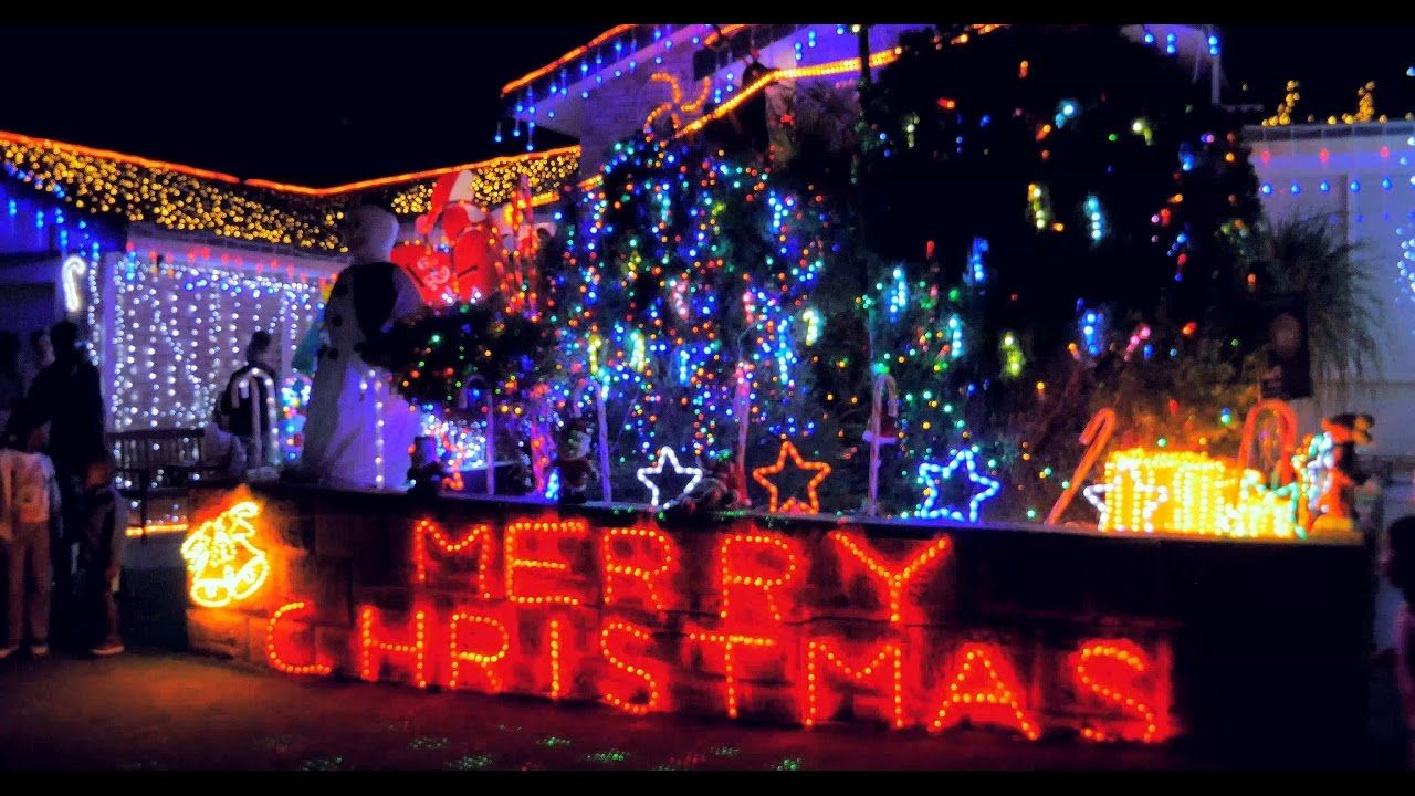 Christmas Lights 2016 Best Displays Thornolie Leeming Yangebup Australi Christmas Lights Christmas Pageant Why Christmas