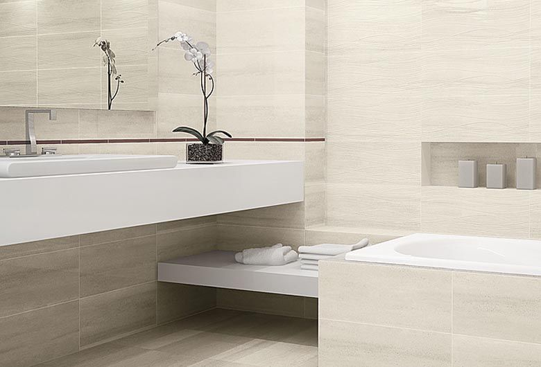 Ejemplo de azulejos rectificados claros para el cuarto de for Azulejos de cuarto de bano modernos