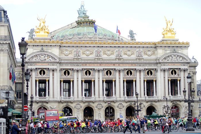 Academie Nationale de Musique. More on www.pursesandi.net #lauracomolli #pursesandi #parigi #paris  #paris #beautiful
