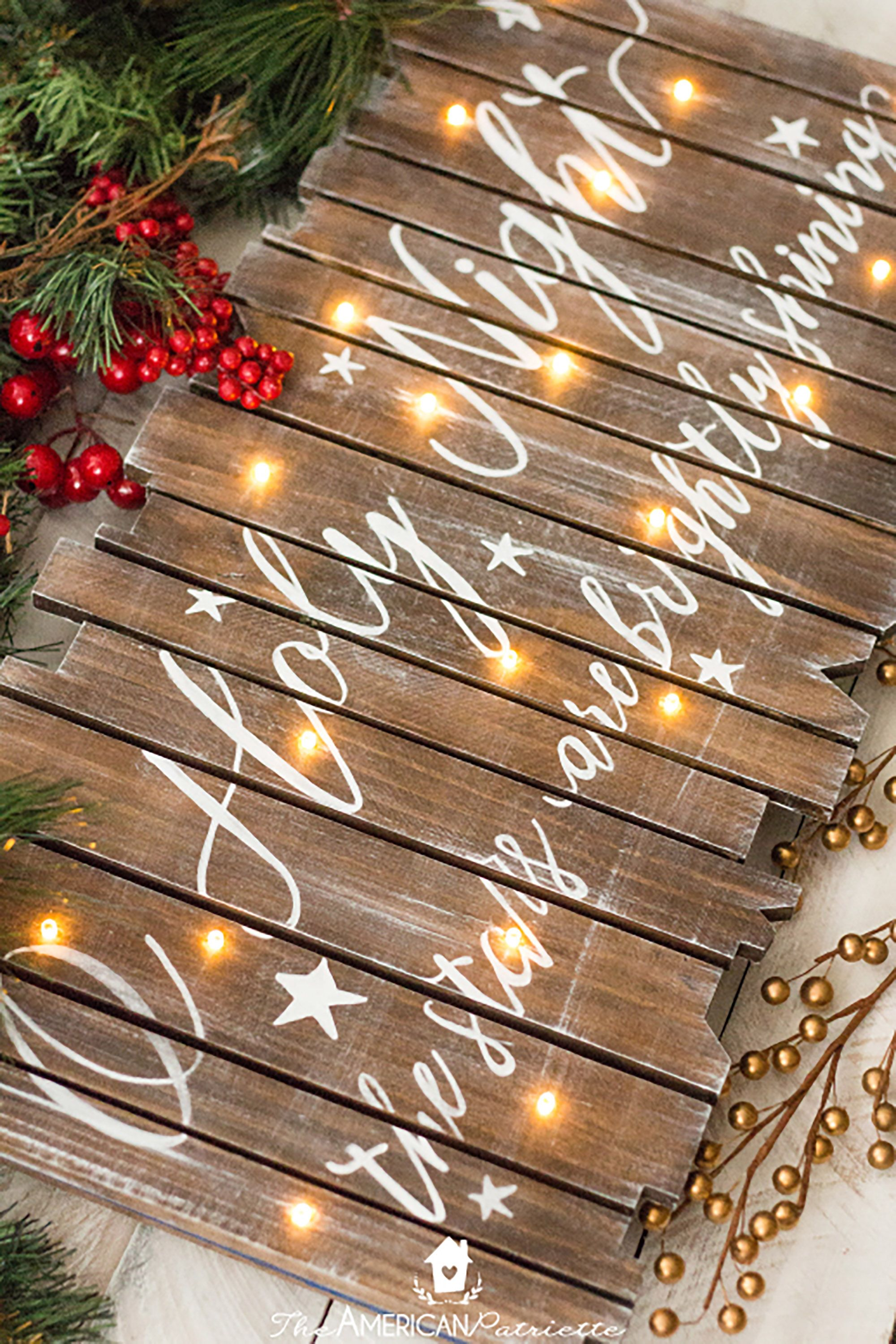 Easy DIY Christmas Crafts to Make Your Home Merry and