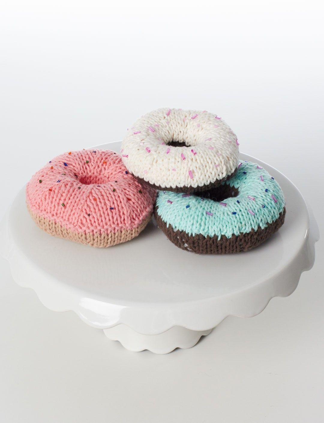 Donut knitting pattern - free   DIY   Knitting, Knitting patterns ...