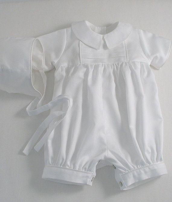 Un dulce poco traje de mameluco y capó personalizado para un niño ...