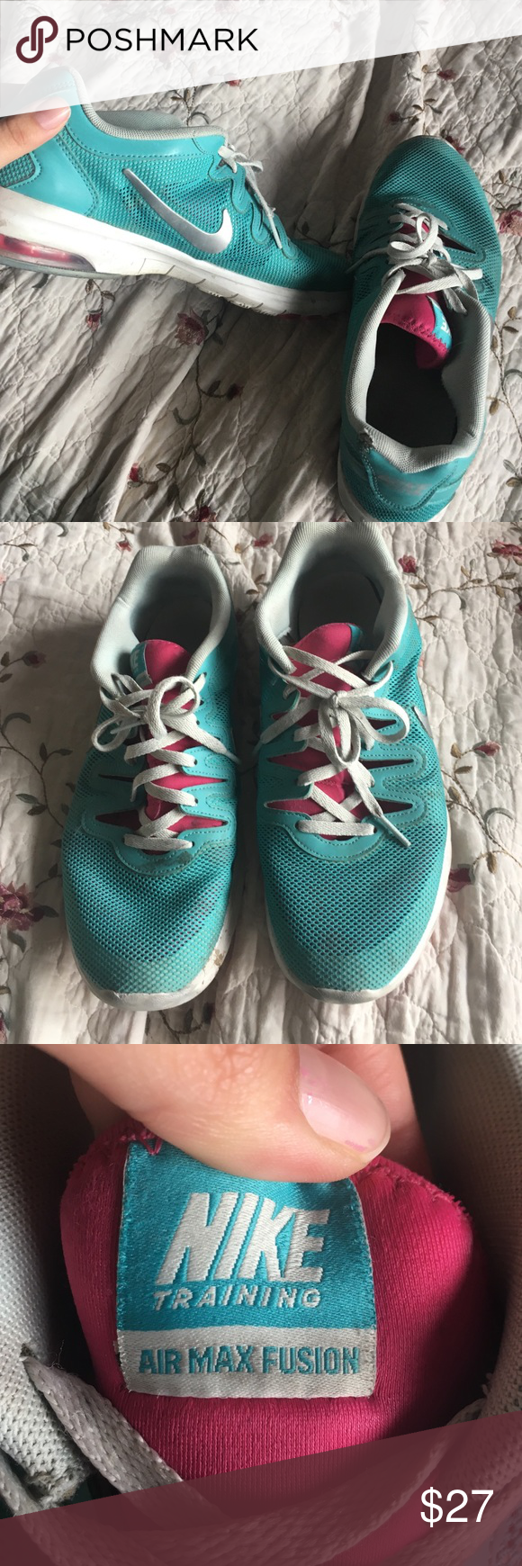 Nike running shoes Gently worn. Fits comfortably:) Nike Shoes Athletic Shoes