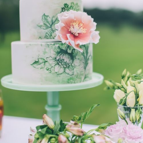 Quintessential English Garden Wedding Inspiration