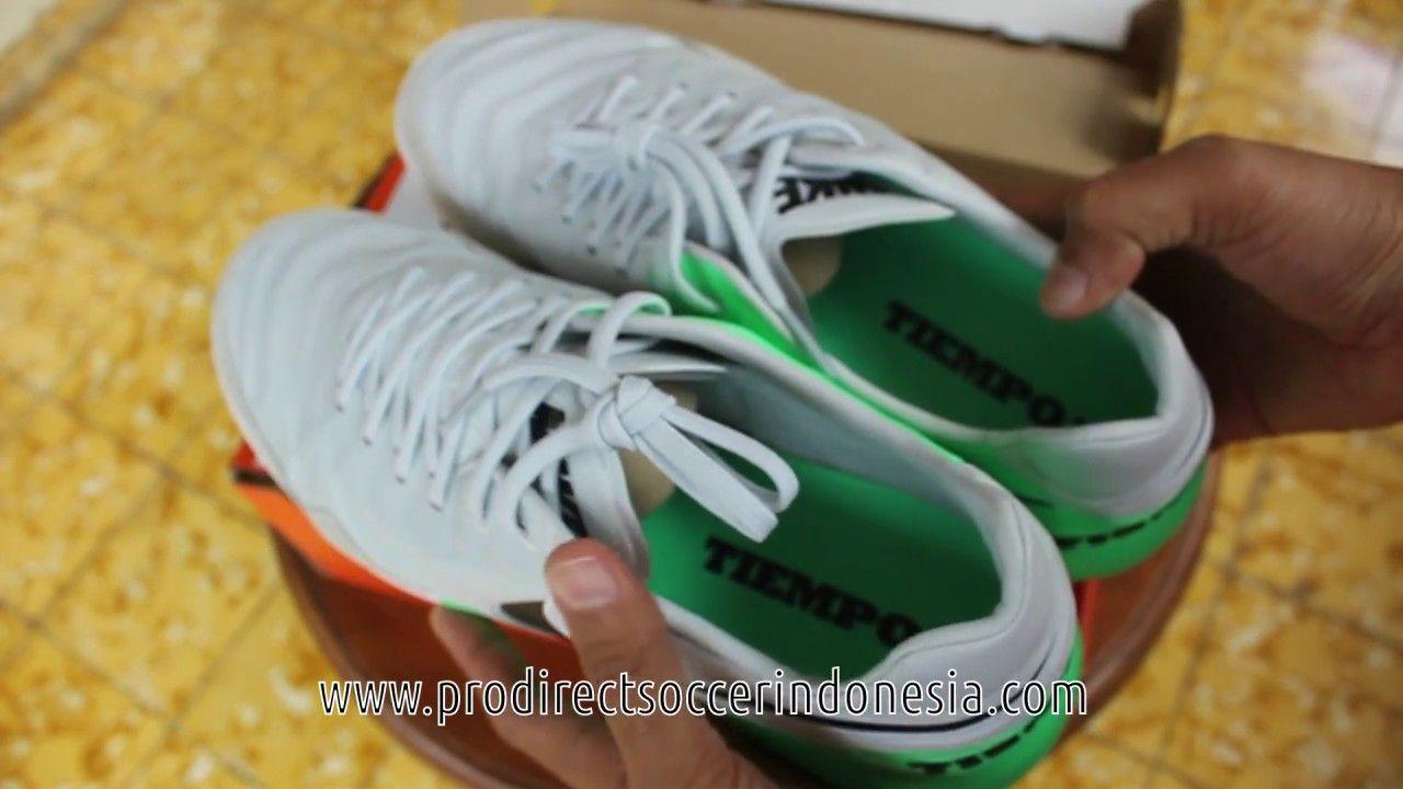 Pin Di Sepatu Futsal Nike
