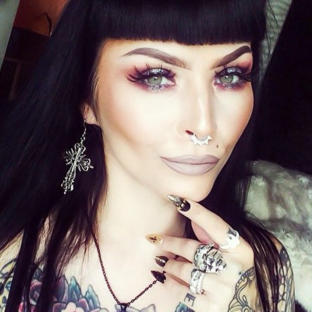 Raven beauty @sarabellemarcoux  in our Dark Heart Cross earrings ✨ #sarabellmarcoux #ravenhair #ink #girlswitink #tattoo #tattoos #septum #septumring #goth #gothic #witchy #dark #crossearrrings